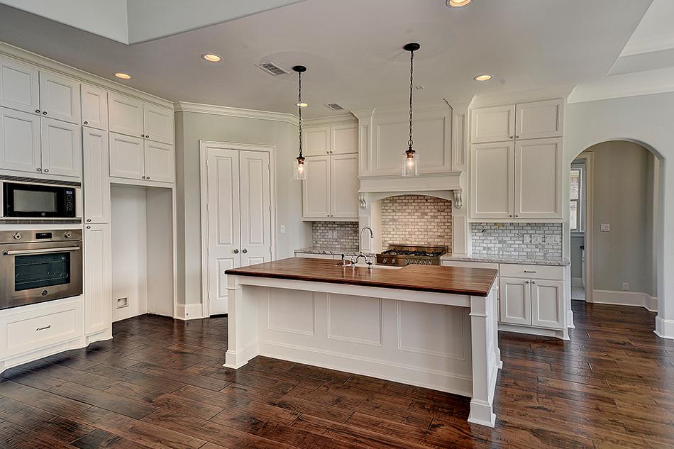 Wendell-Legacy-Homes-Custom-Estate-281-323-4580 - Kitchen